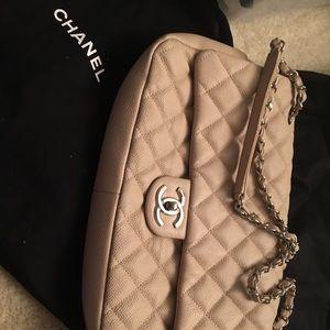 100% authentic CHaNEL handbag